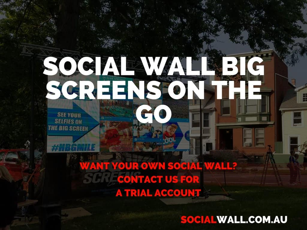 SOCIAL WALL BIG SCREENS ON THE GO